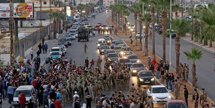 روز دوازدهم تظاهرات در لبنان؛ معترضان همچنان مسیرهای اصلی را مسدود می نمایند