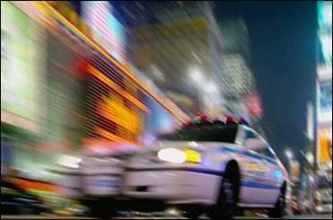 توقف اتوموبیلهای مشکوک از راه دور توسط پلیس
