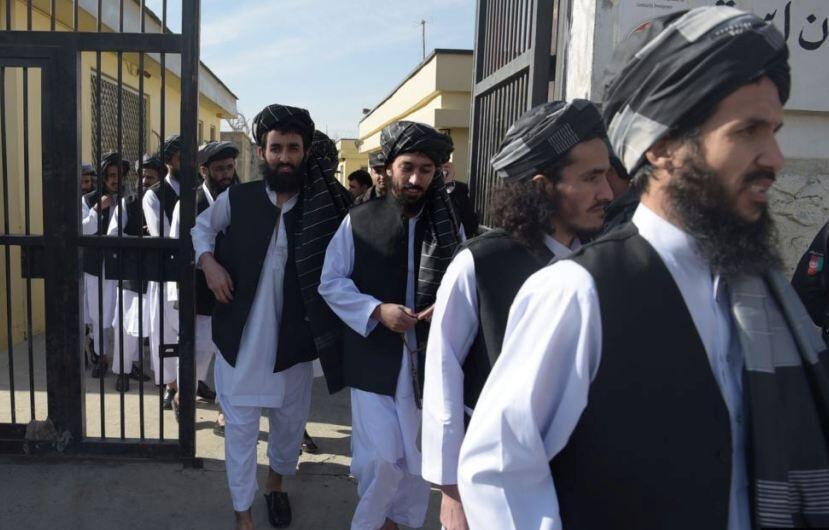 خبرنگاران کابل، آزادی زندانیان طالبان را تکذیب کرد