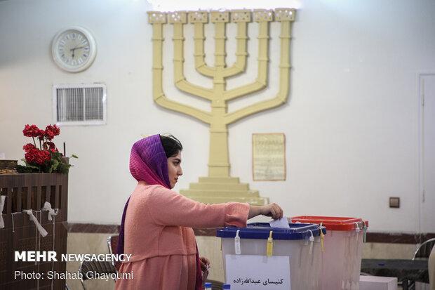مشارکت سیاسی اقلیتهای دینی در انتخابات ایران برای غرب پیغام دارد