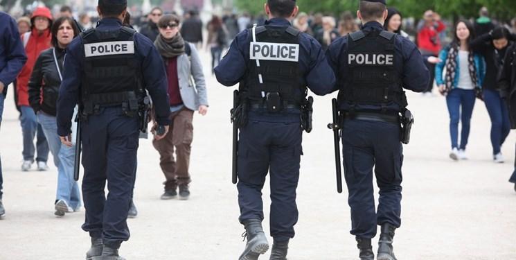 فرانسه: 100 هزار پلیس اجرای اقدامات مقابله با کرونا را کنترل می نمایند