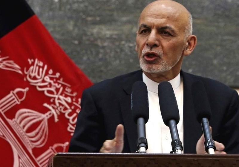 افغانستان، اشرف غنی فرایند عزل و نصب مقامات دولتی را متوقف کرد