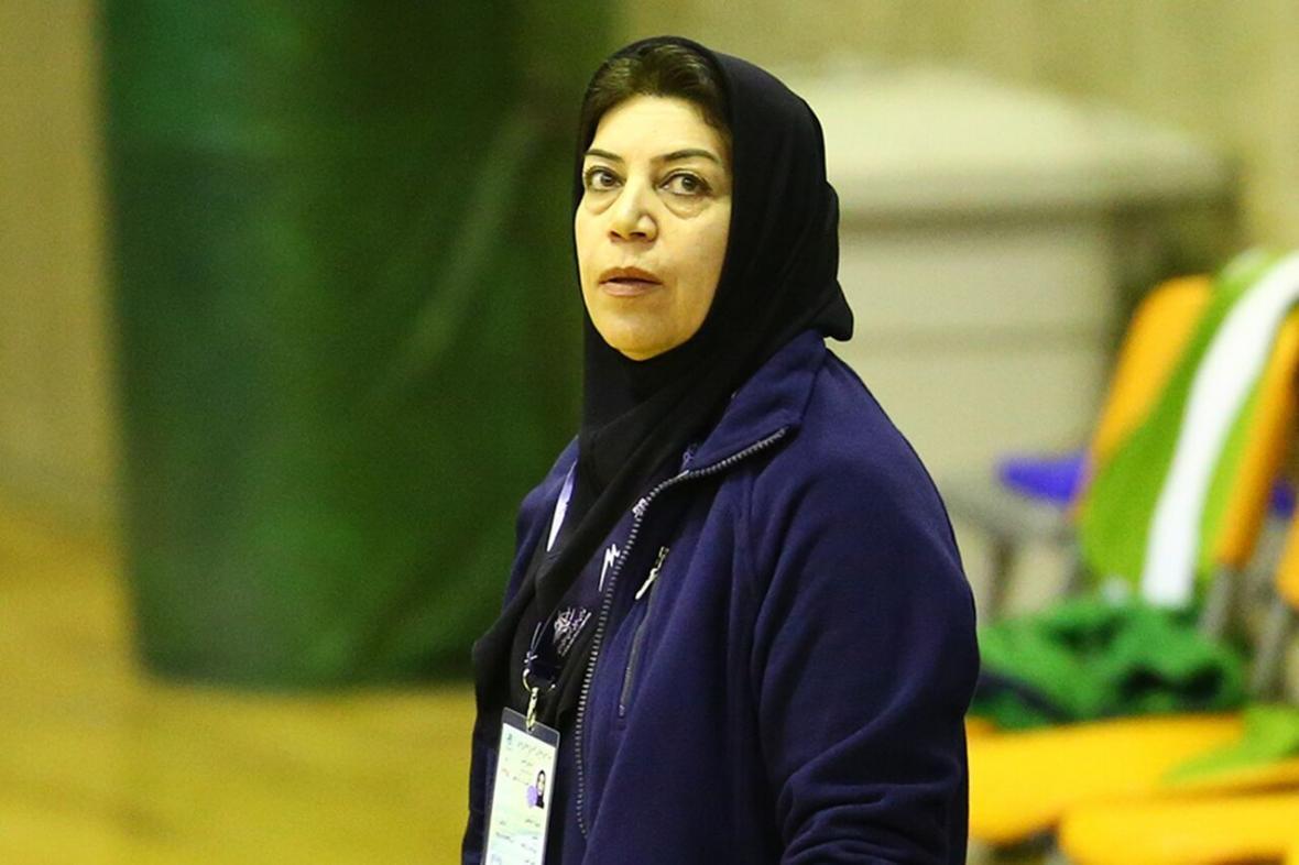 خبرنگاران مربی سابق تیم والیبال زنان: به من دیکتاتور می گویند