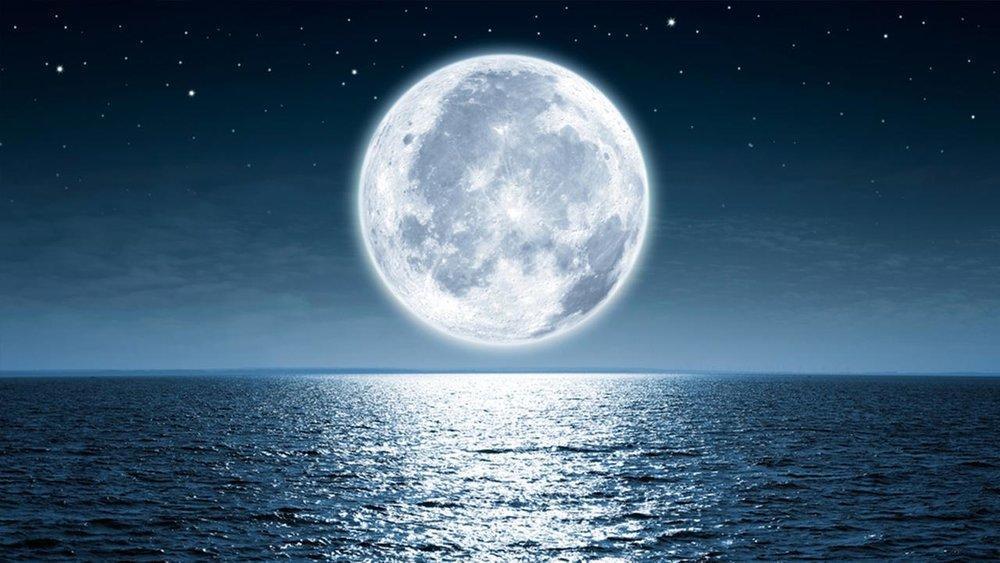 کشف آب در بخش روشن ماه