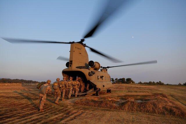 پنتاگون برای خروج نظامی از عراق، افغانستان و سومالی آماده می شود