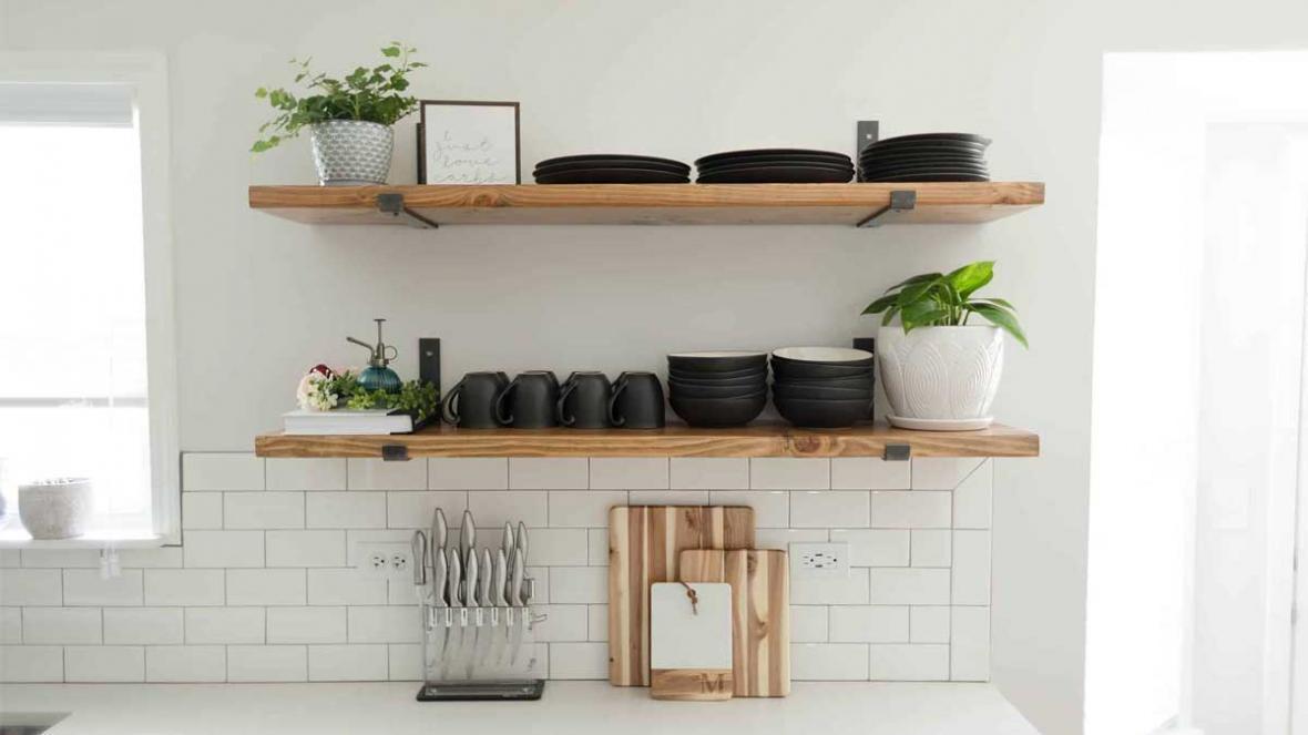 شلف دیواری آشپزخانه چگونه تمام مسائل در چیدمان را حل می نماید؟!