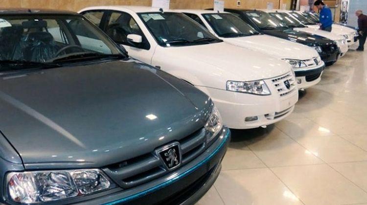 قیمت انواع خودرو در بازار امروز 15 آذر 99؛ پژو 206 تیپ دو باز هم 25 میلیون تومان گران شد