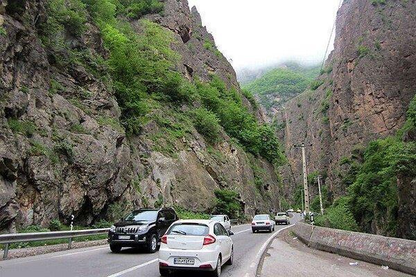 تردد نوروزی در محورهای گیلان از دو میلیون خودرو گذشت