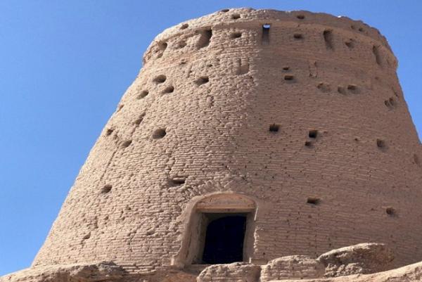 برج تاریخی بهرامجرد بازسازی می گردد