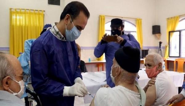 شروع واکسیناسیون افراد 70 سال به بالا از شنبه