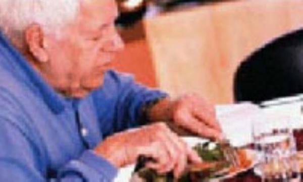 ویتامین ها و ریزمغذی های مورد احتیاج سالمندان